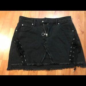 FASHION NOVA Cobra Black Denim Mini Skirt Sz L